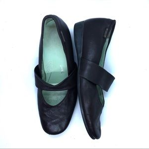 Mephisto Leather Mary Jane Loafers 8.5